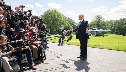 Donald Trump Actually Likes Journalists, but Only if They're Holding Cameras