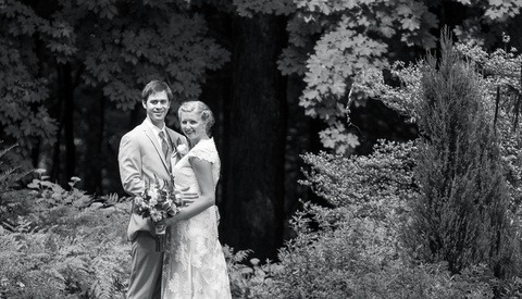 Wedding Photographer Goes Viral With Epic Rant Against Guest Who Ruined Shot With Phone