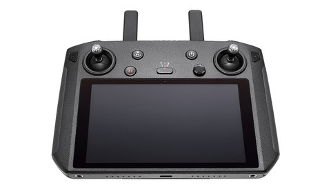 Fstoppers Reviews the DJI Smart Controller