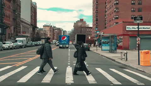 Pedestrians Appear Frozen in This Slow-Mo Video Filmed on a Smartphone at 960 Frames per Second