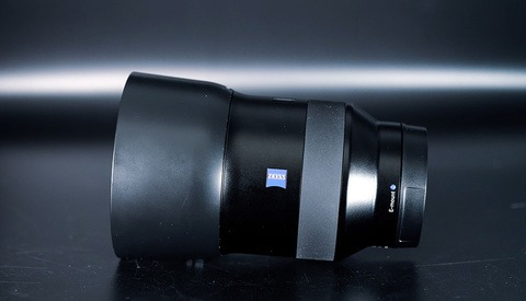 Is Zeiss' Cheaper 85mm Batis Lens Worth It?