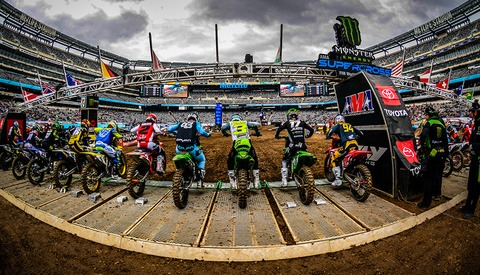 Behind the Scenes: Photographing the MetLife Monster Energy Supercross Race