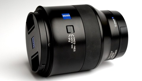 Fstoppers Reviews the Zeiss Batis 40mm f/2 CF Lens