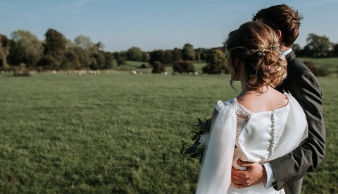 Bride Arrested for Allegedly Forcing the Photographer to Pay for the Privilege of Shooting Her Wedding
