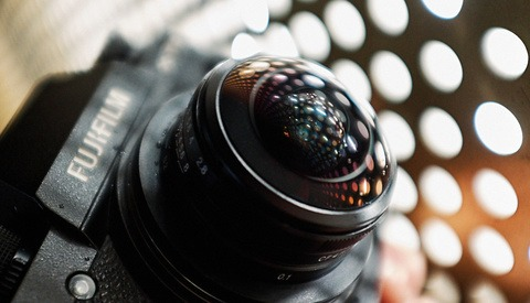 Fstoppers Reviews the Laowa 4mm f/2.8 Circular Fisheye for APS-C Cameras
