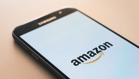 Amazon Initially Sided With a Fraudulent Buyer, Letting Him Keep a Photographer's Camera and Refunding Him the Money