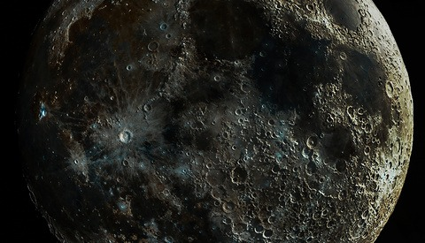 Astrophotographer Composites Different Lunar Phases to Create Incredibly Detailed Image of the Moon