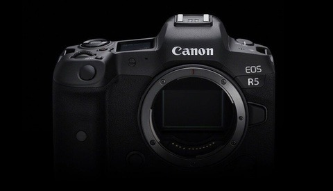 Why Should You Avoid the Canon EOS R5?