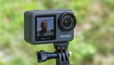 Fstoppers Reviews the Akaso Brave 7 LE Action Camera
