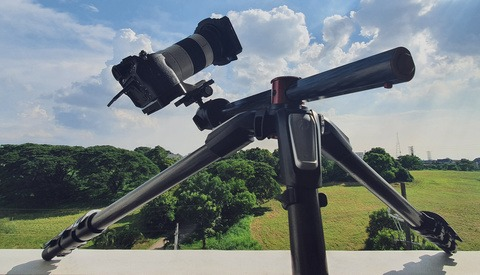 A Beginner Photographer's Guide to Choosing the Right Tripod for Your Camera