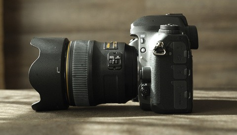 Renting Versus Buying: The Best Way to Acquire Photography Equipment