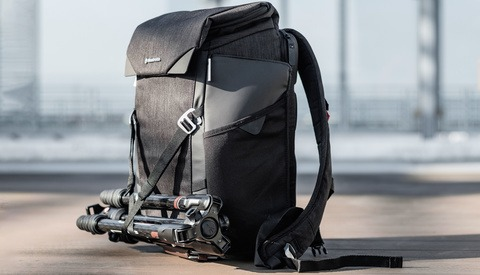 Fstoppers Reviews the Manfrotto Chicago Urban Camera Backpack