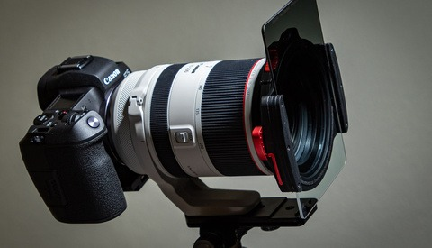 Fstoppers Reviews the Canon RF 70-200mm f/2.8L Mirrorless Lens