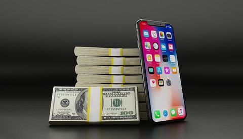 Deadline Imminent: Is Your iPhone Part of Apple's $500m Slowdown Settlement?