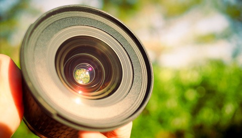 Checking Used Camera Lenses in Three Steps