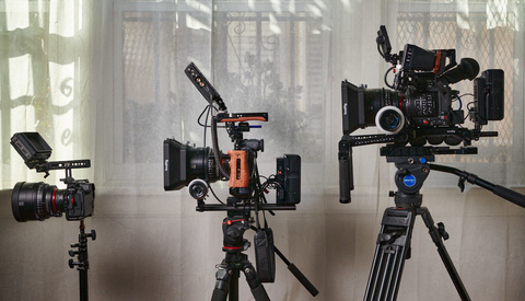 Big Camera Rigs Versus Small Camera Rigs, Which Do You Prefer?
