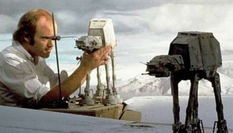 [BTS] Behind The Scenes Photos of Iconic 'Star Wars' Scenes