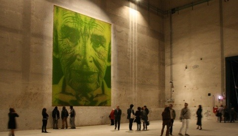 Gigantic Living Grass Portraits Created with Photosynthesis
