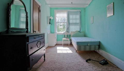 Amy Heiden Shoots Abandoned Places