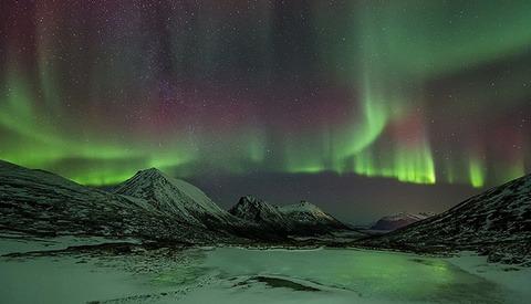 """Polar Spirits""  A Visually Stunning Timelapse Of The Northern Lights"
