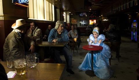 "Dina Goldstein's Photo Series ""Fallen Princesses"" Shows Disney Icons Facing Modern Problems"