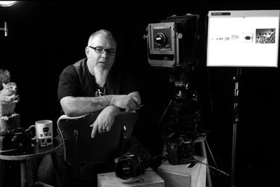 Zack Arias Debunks the Full Frame / Crop Sensor Debate