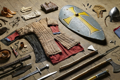 "Fascinating ""Soldiers' Inventories"" Series Chronicles British Military Kits From 1066 to 2014"