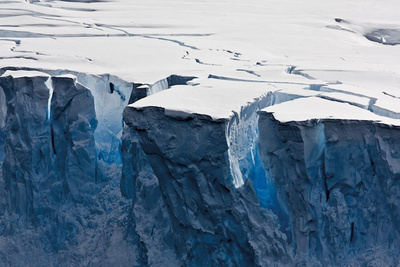 Photographer Captures the Natural Beauty, Effects of Climate Change in the Polar Regions