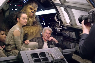 Watch Behind The Scenes As Annie Leibovitz Helps Bring 'Star Wars' Back to Life for Vanity Fair