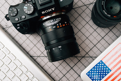 Need for Speed: Fstoppers Reviews the Mitakon Zhongyi 50mm f/0.95 Lens for Sony FE