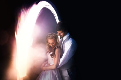 How to Incorporate Night Photography Into the Wedding Day