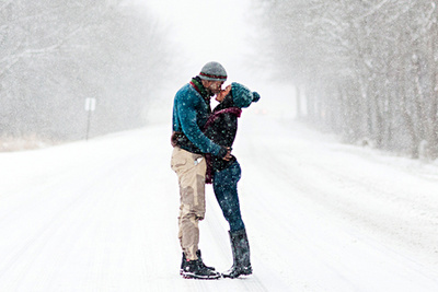Photographer and Engaged Couple Brave Blizzard Conditions for Memorable Photoshoot