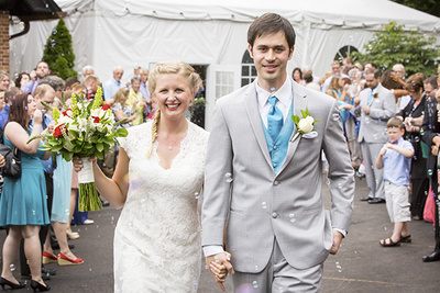 Vogue Magazine Claims You Don't Need a Professional Wedding Photographer