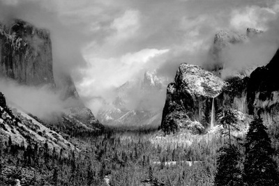 How Ansel Adams Captured Images as He Saw Them