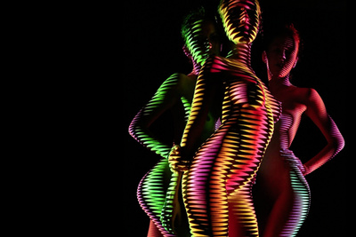 Using Intricate Light Patterns to Contour and Accentuate Nudes Models (NSFW)