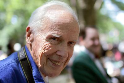 Iconic Fashion Photographer Bill Cunningham Dies at 87