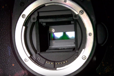 Super Slow Motion Shows How an SLR Camera Shutter Works