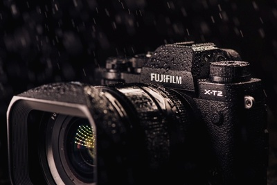 Fstoppers Reviews the Fujifilm X-T2 Mirrorless Camera