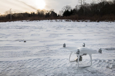 drones-flying-winter-photography-videography