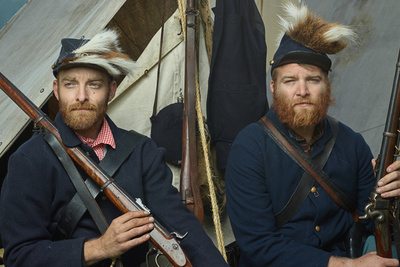 Photographer Recreates Civil War Era Portraits