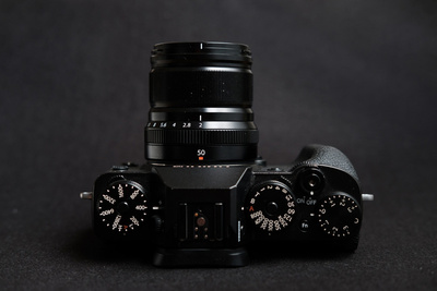 Fstoppers Reviews the Fujifilm 50mm f/2 WR