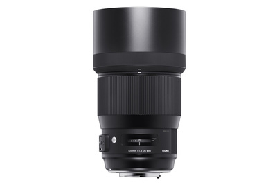 Sigma Announces Pricing for 135mm f/1.8 Art: Available for Preorder at $1,399