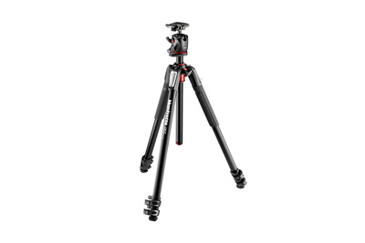 Fstoppers Reviews the Manfrotto 055XPRO3 Tripod and BHQ2XPRO Ball Head Kit