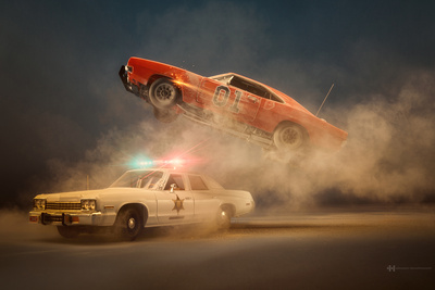 Photographer Felix Hernandez Shoots Epic Scenes Using Miniature Cars