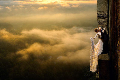 Philbrick Photography's Literal Cliff-Hanging Wedding Photos