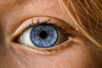 The Secret to Making Eyes More Attractive, Backed by Science