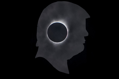 How I Shot Donald Trump and the Solar Eclipse in One Photograph Without Photoshop