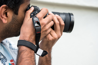 Fstoppers Reviews the New Peak Design Leash and Cuff