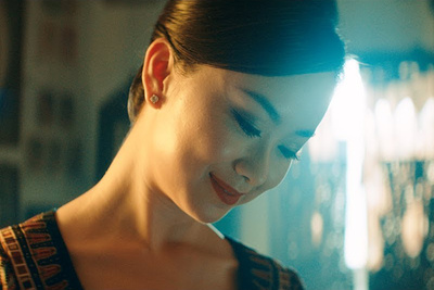 Singapore Airlines Mixes a Travel Video With Its Safety Video, and It's Beautiful