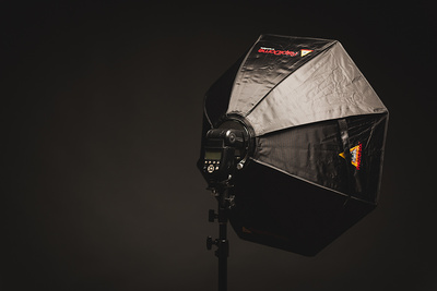 Fstoppers Reviews the RapiDome Collapsible Speedlight Modifier by Photoflex